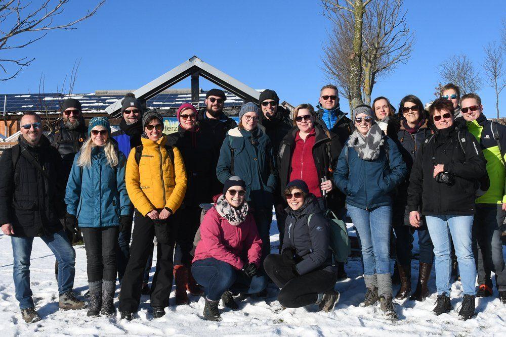 Das Brillen-Fuchs Team im Schnee im Januar 2019